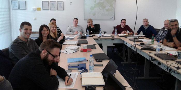 Slika sa treninga za upravljanje projektima - Adient Seating